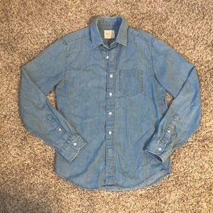 American Eagle Blue Jean Button Up Shirt
